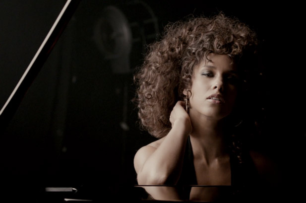 Alicia-Keys-Brand-New-Me-The-Heartbeat-Life-2